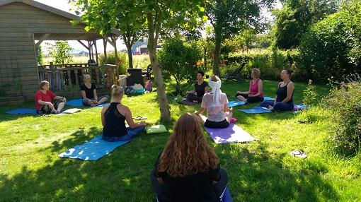 Yogapraktijk OmiYoga - Happy yoga 3