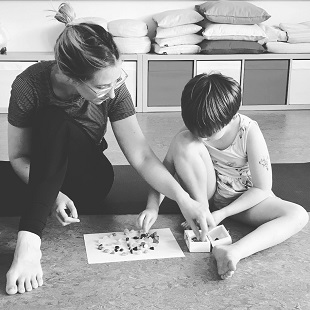 Yogapraktijk OmiYoga - Ouder & kind yoga 5